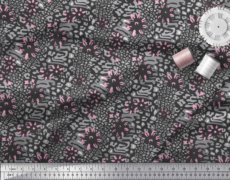 Soimoi-Black-Cotton-Poplin-Fabric-Leopard-Animal-Skin-Printed-Fabric-MTZ thumbnail 4