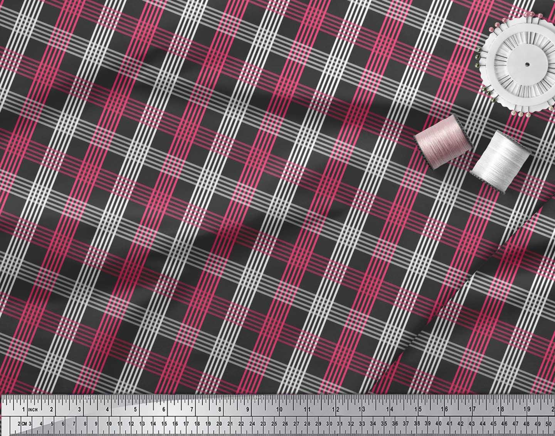 Soimoi-Black-Cotton-Poplin-Fabric-Check-Check-Print-Fabric-by-the-kip thumbnail 4