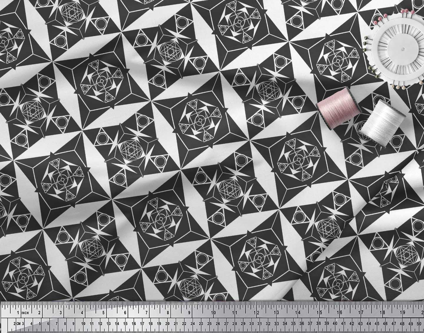 Soimoi-Black-Cotton-Poplin-Fabric-Geometrical-Star-Geometric-Print-FLE thumbnail 3